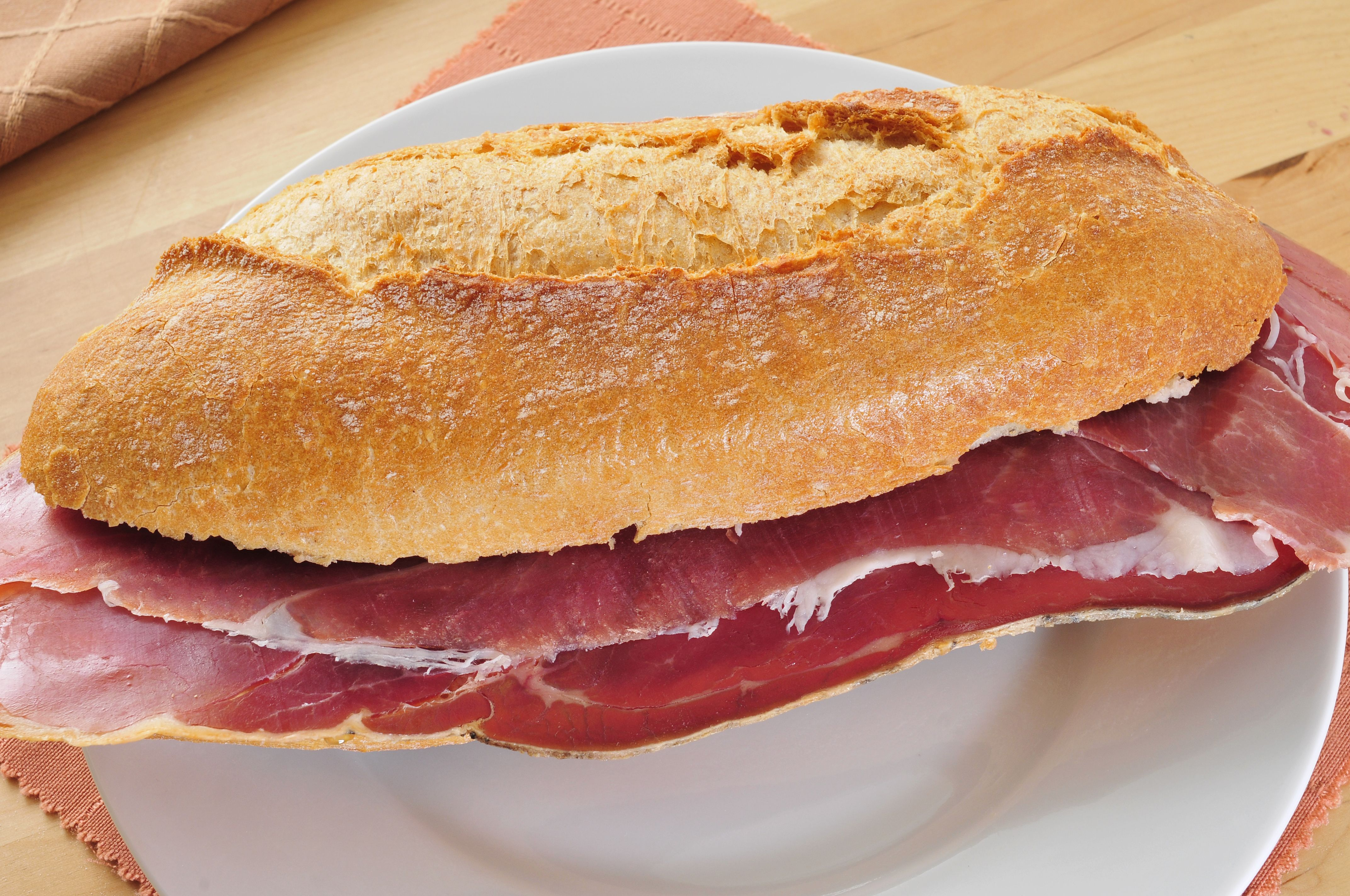 Bocadillos: Raciones y menús de Cafetería Cesar Las Ventas