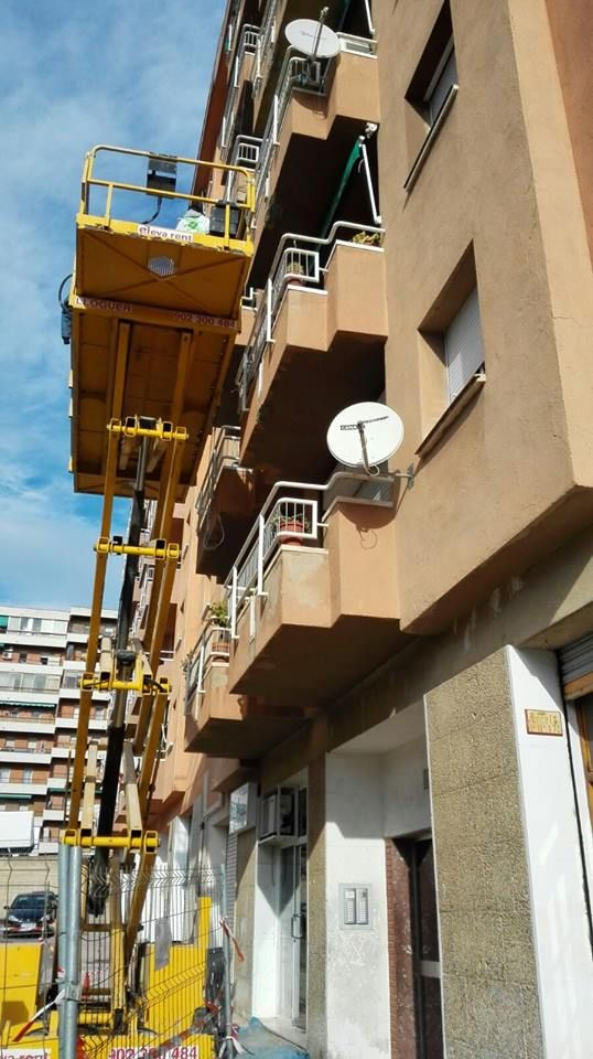 Construcción de edificios y reparaciones en Tarragona