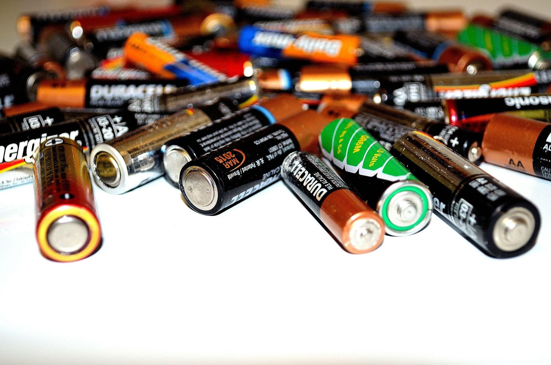 Distribuidor de pilas Valencia