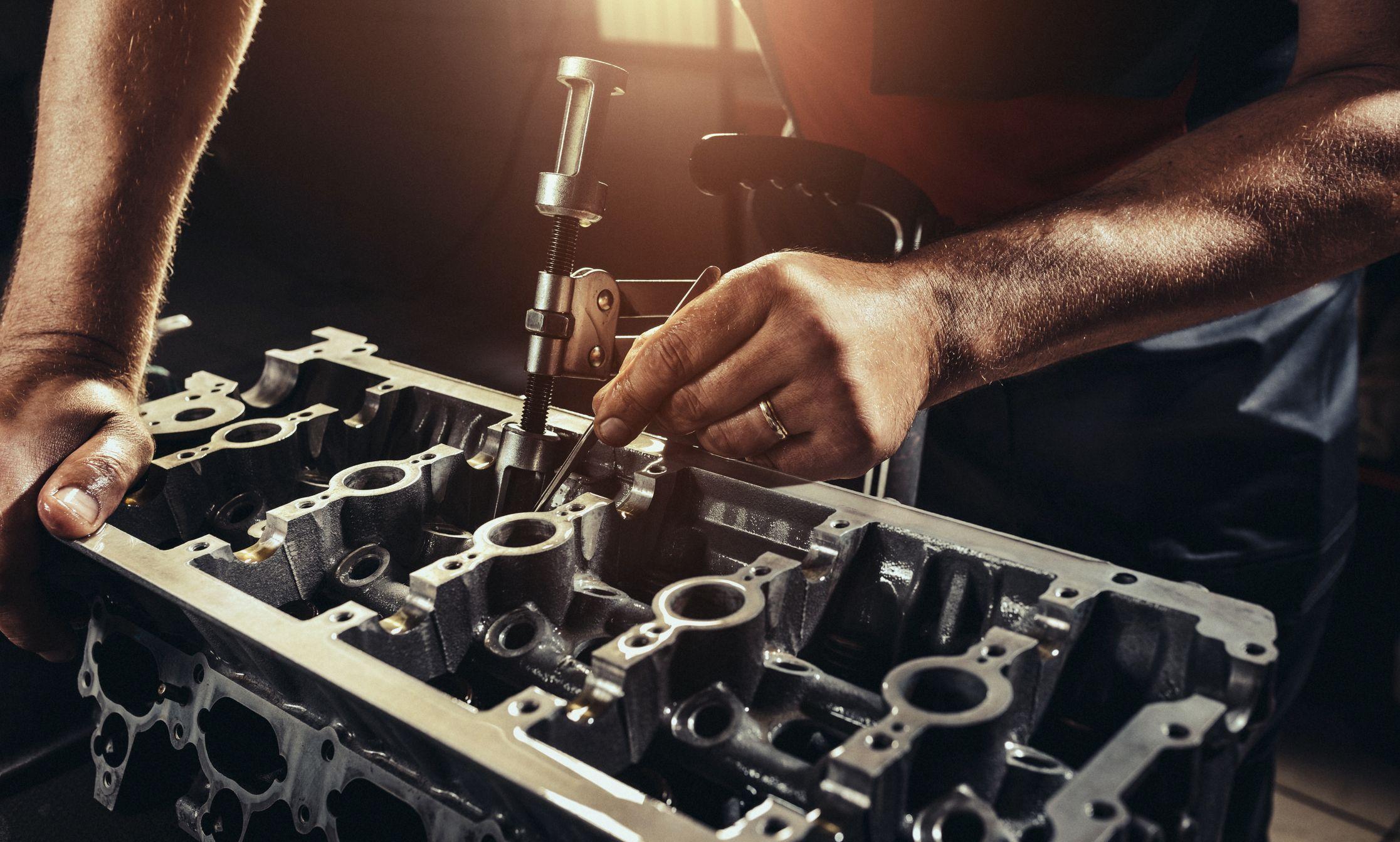 Reparación de culata: Servicios de Rectificados Montero