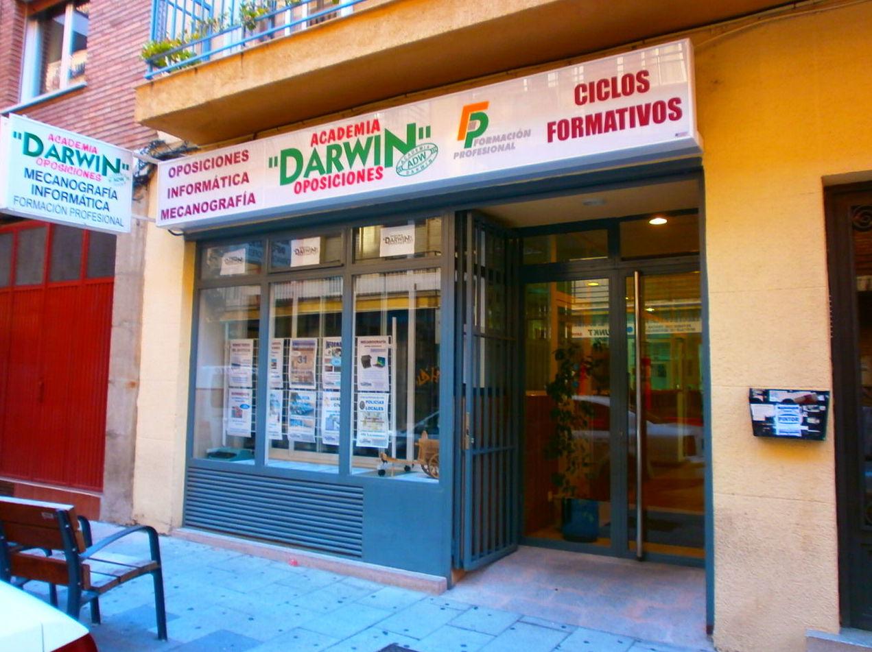 Foto 4 de Academias de estudios diversos en Salamanca | Academia Darwin