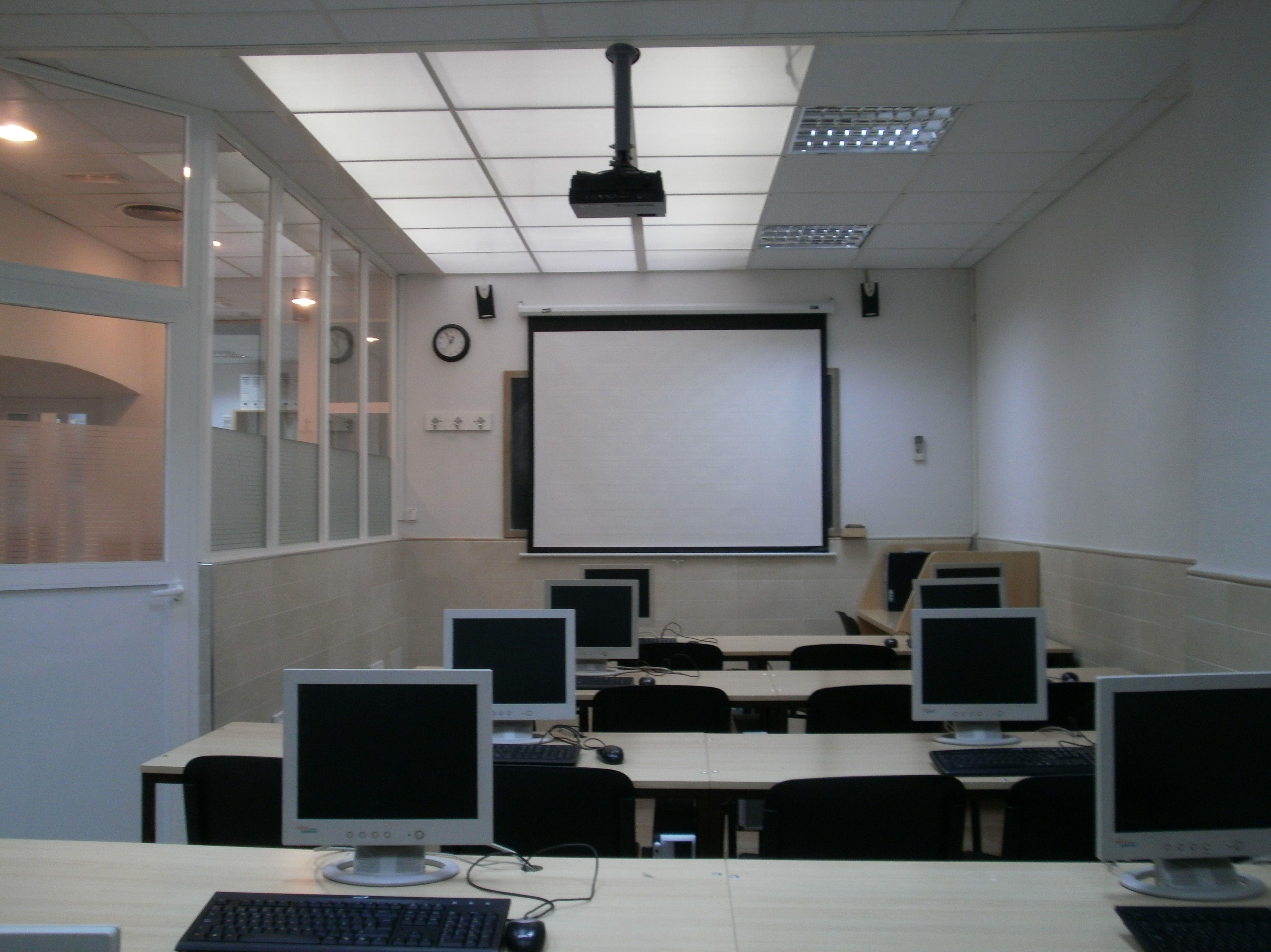 Foto 18 de Academias de estudios diversos en Salamanca | Academia Darwin