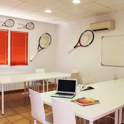 Academia de tenis en Villena