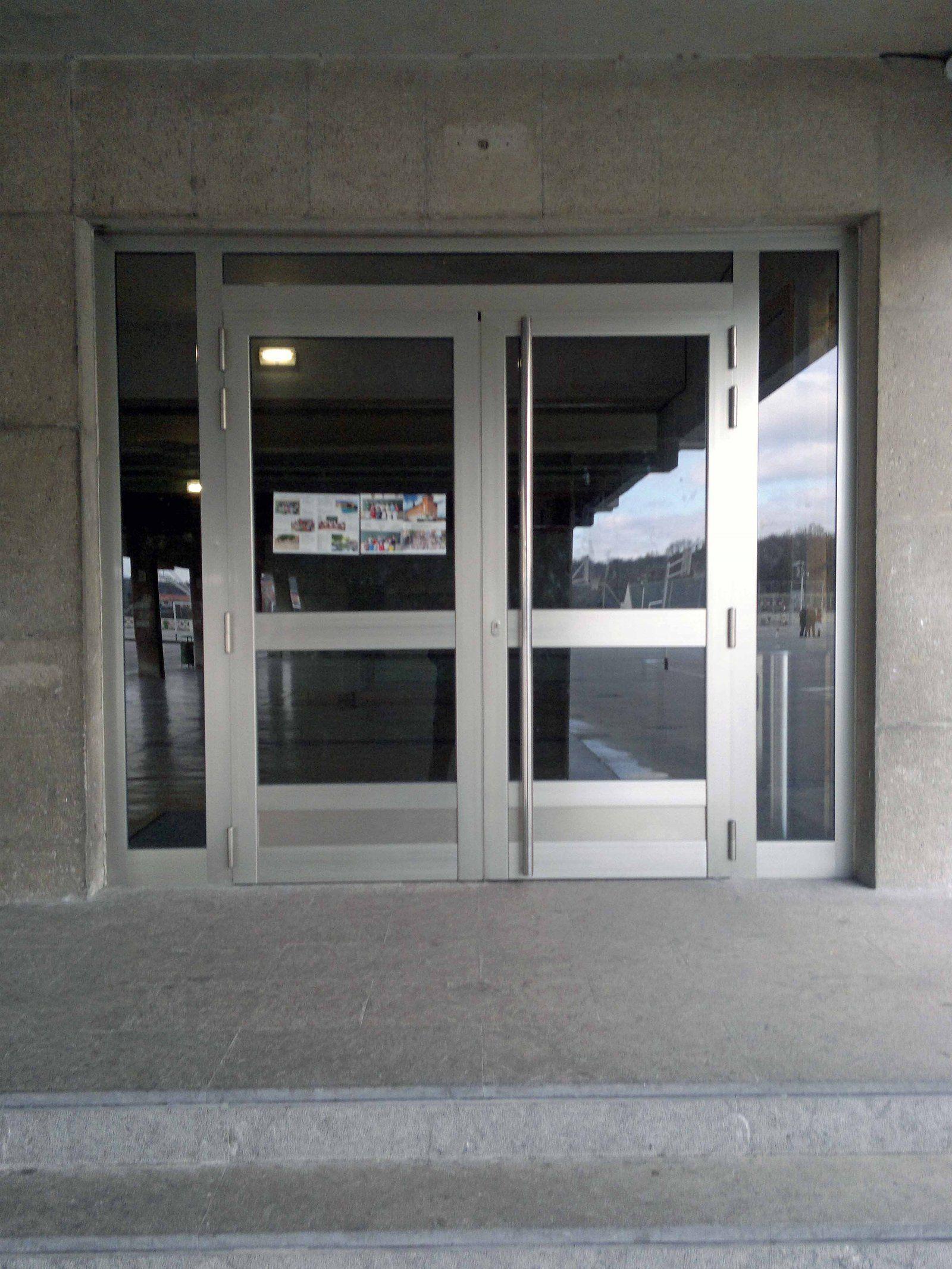 Portales y otras estructuras de aluminio en Cambrils