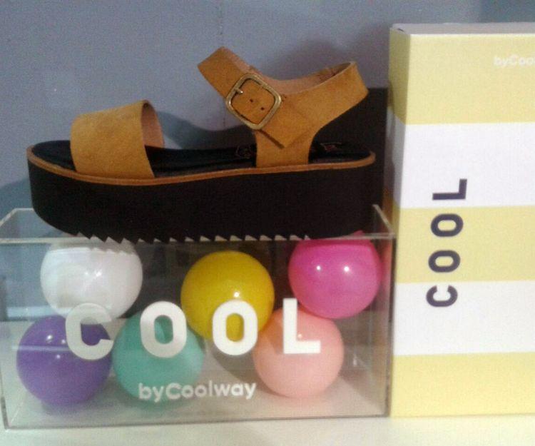 Sandalias de la marca Cool en Granada