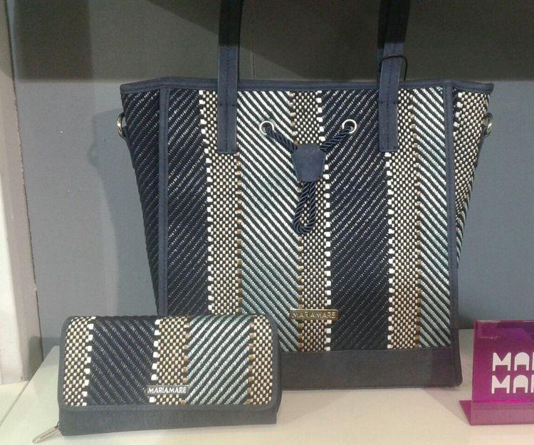 Venta de bolsos en Granada