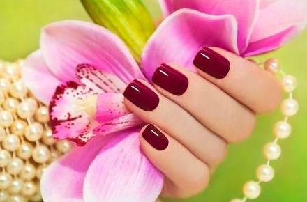 Grupo América, te podemos complacer con tu fabricación de uñas en acrílico.
