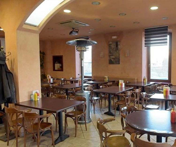 Bar del hostal en Balaguer