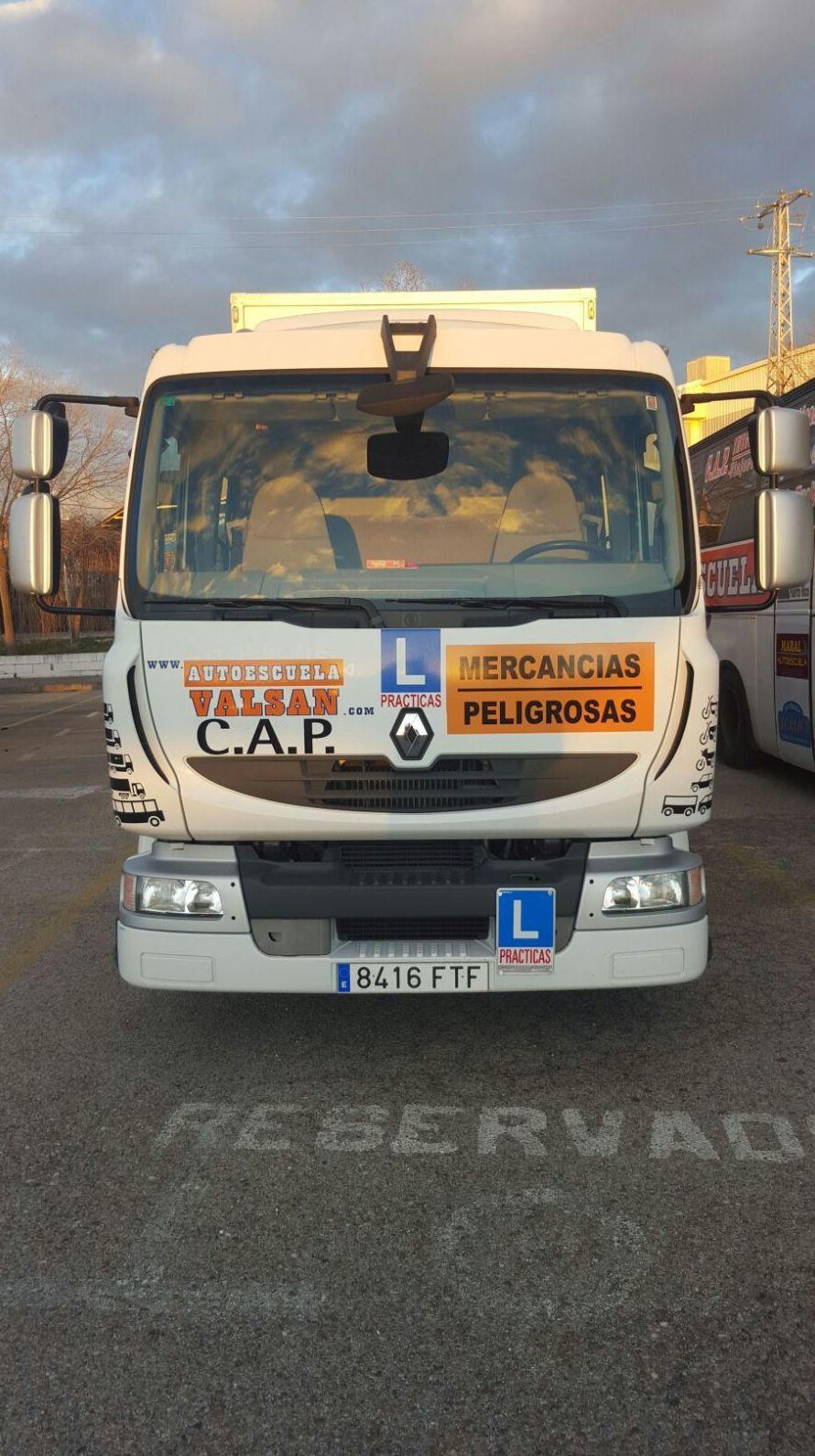 Foto 11 de Autoescuelas en Alcalá de Henares | Autoescuela Lara - Valsan