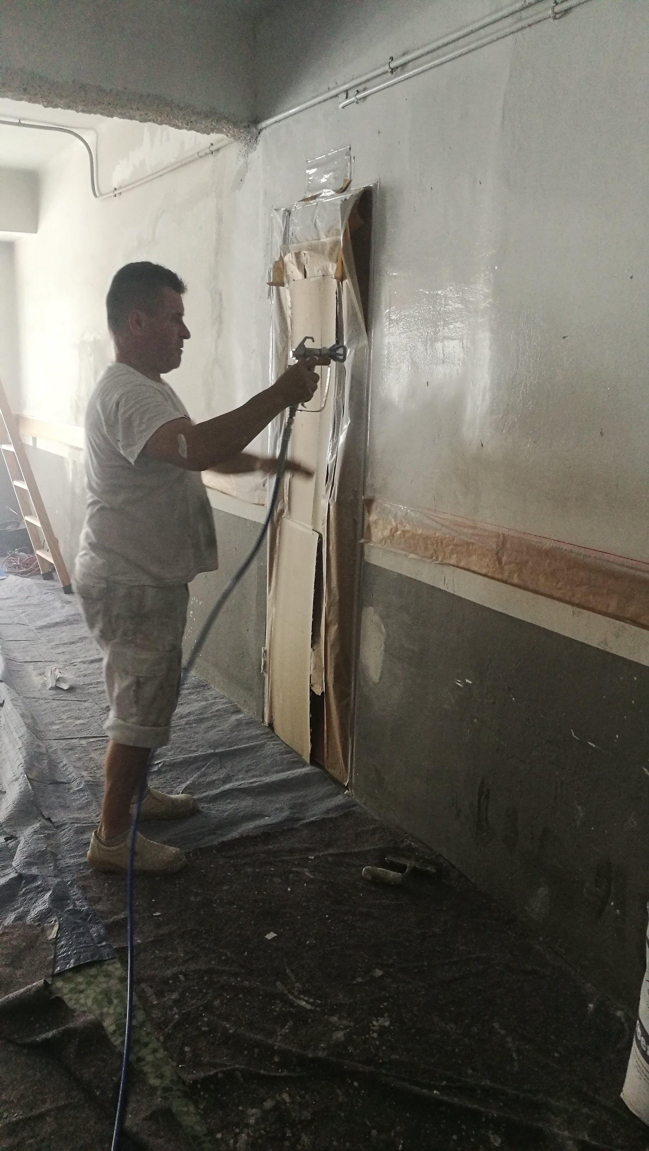 Trabajos de pintura con proyección a presión en Tarragona