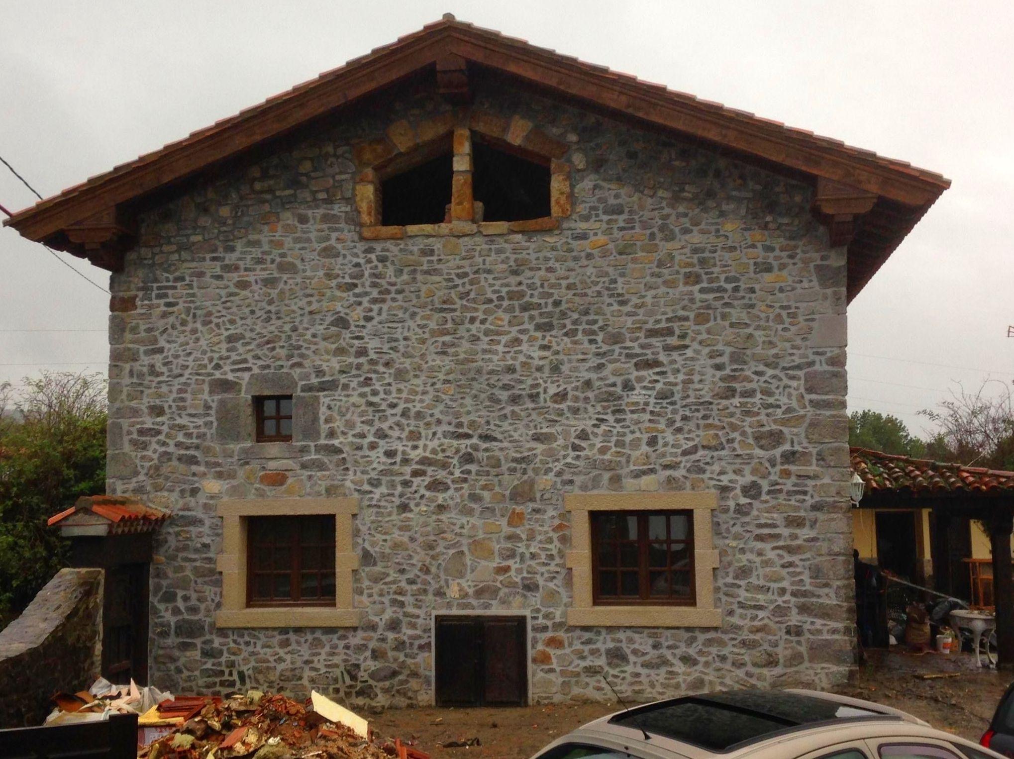 Foto 46 de Fachadas en Colunga | Construcciones Espiniella