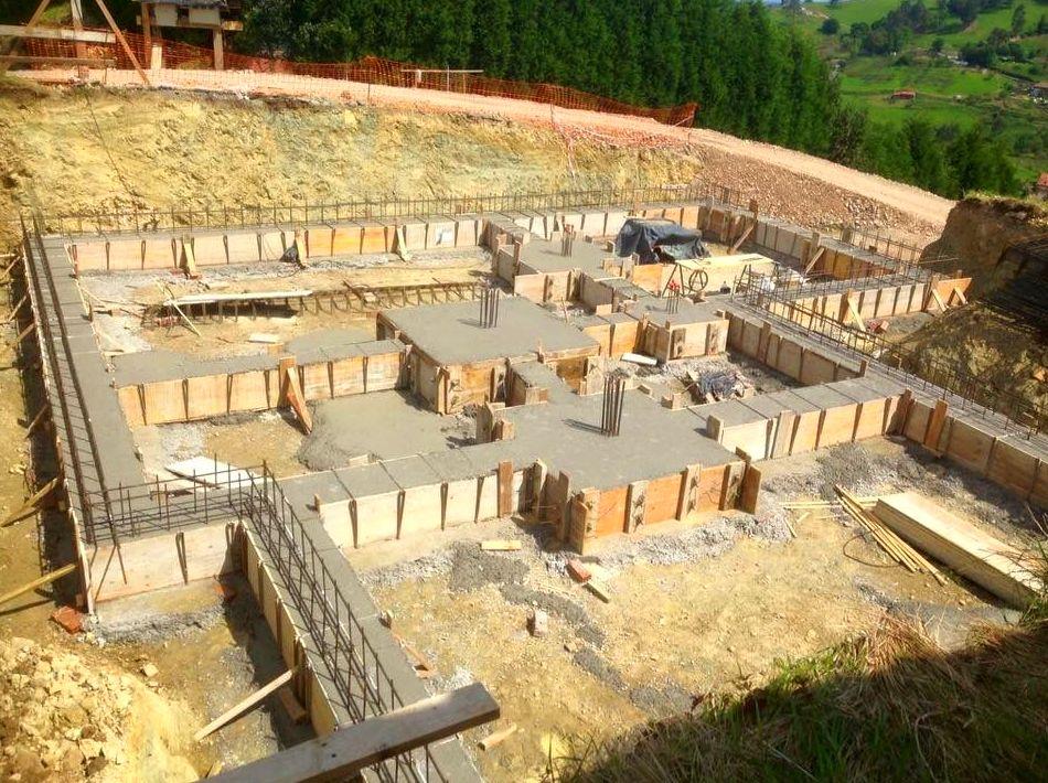 Foto 76 de Fachadas en Colunga | Construcciones Espiniella