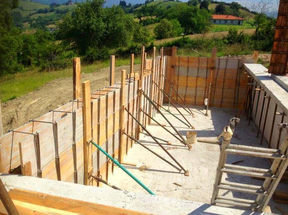 Foto 77 de Fachadas en Colunga | Construcciones Espiniella