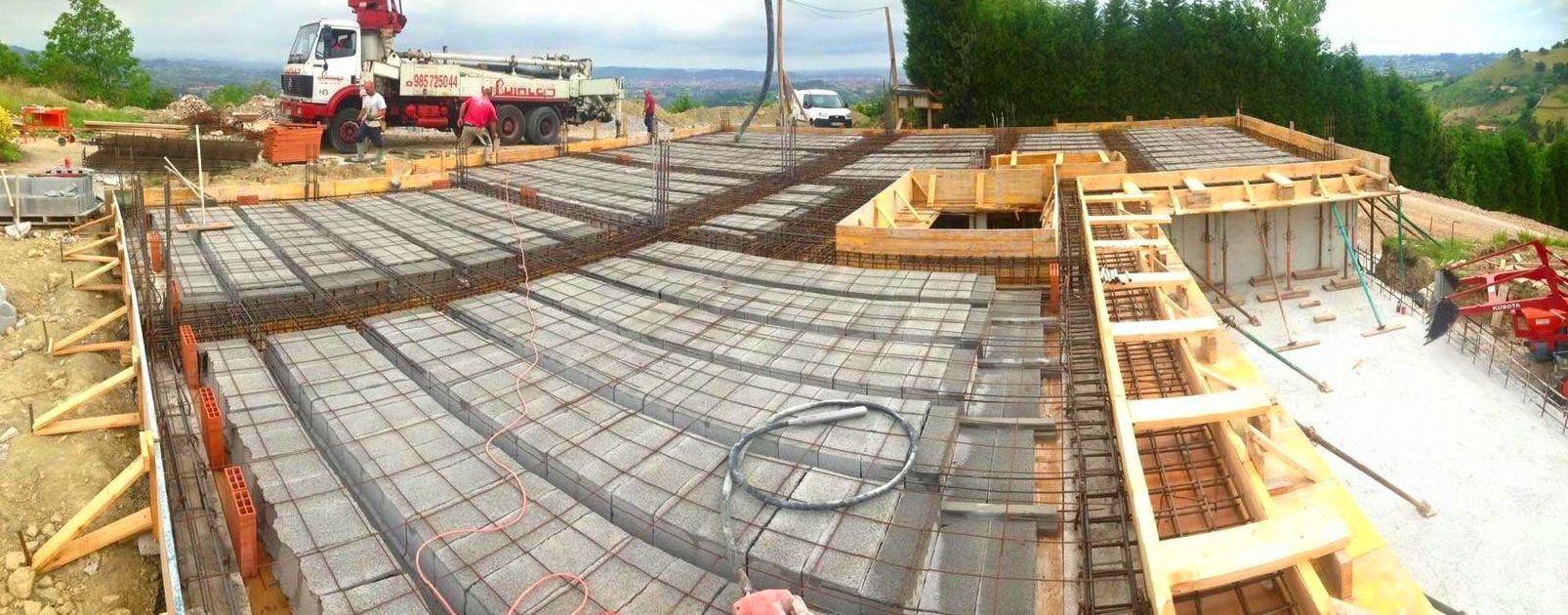 Foto 82 de Fachadas en Colunga | Construcciones Espiniella