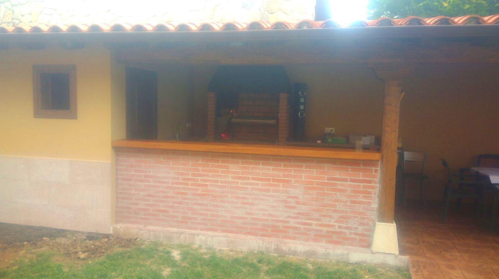Foto 39 de Fachadas en Colunga | Construcciones Espiniella