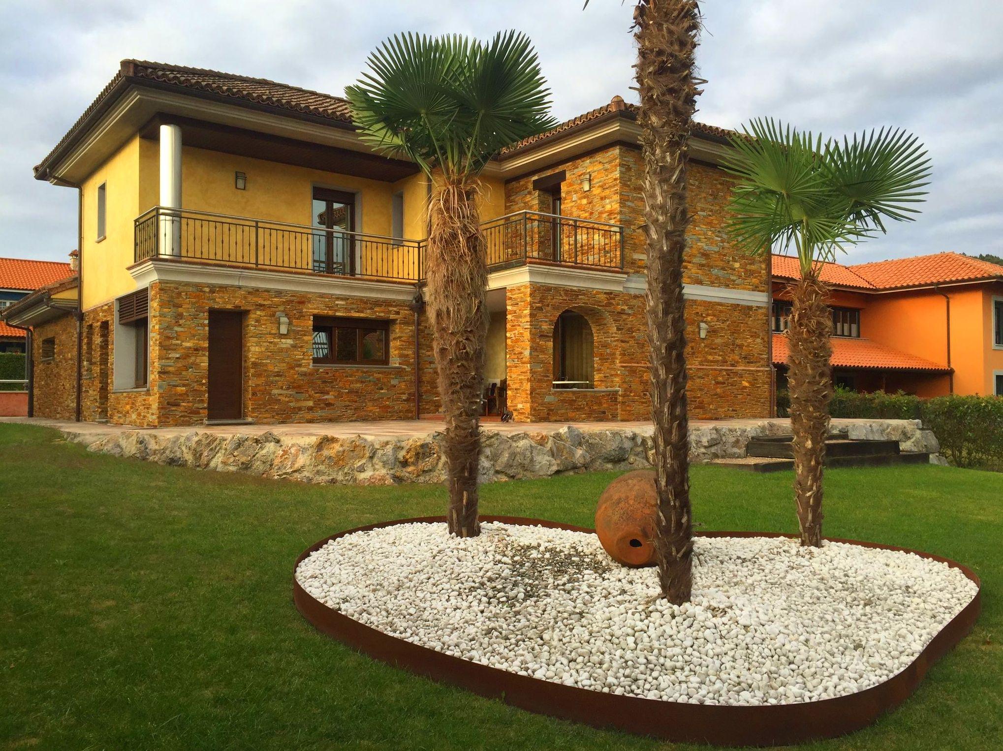 Foto 53 de Fachadas en Colunga | Construcciones Espiniella