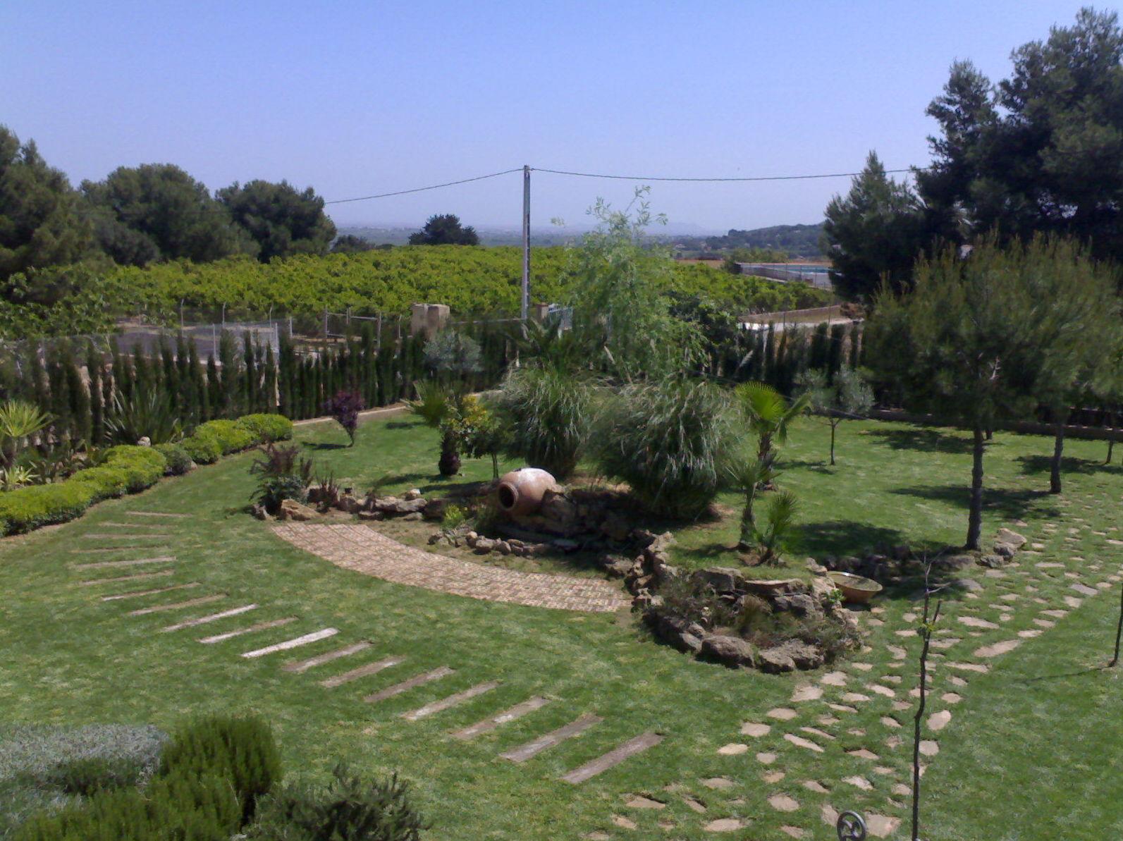 Foto 16 de Jardinería en Riba-Roja de Túria | Mimojardín