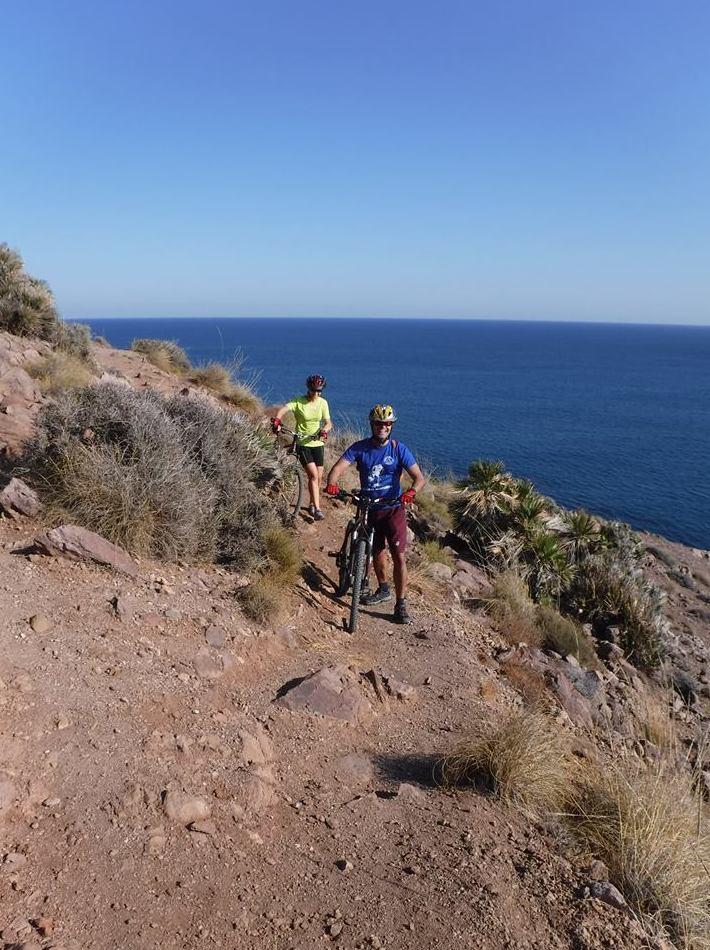 Rutas en bicicleta de montaña por el Parque Natural Cabo de Gata - Níjar