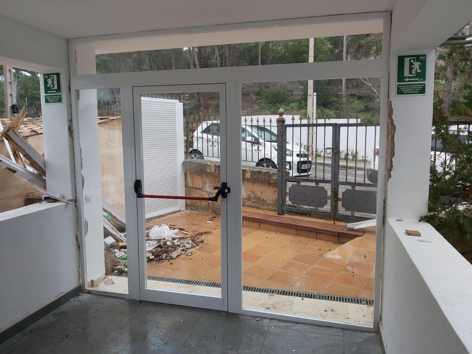 Puertas exteriores Aluminios Mallorca Baleares