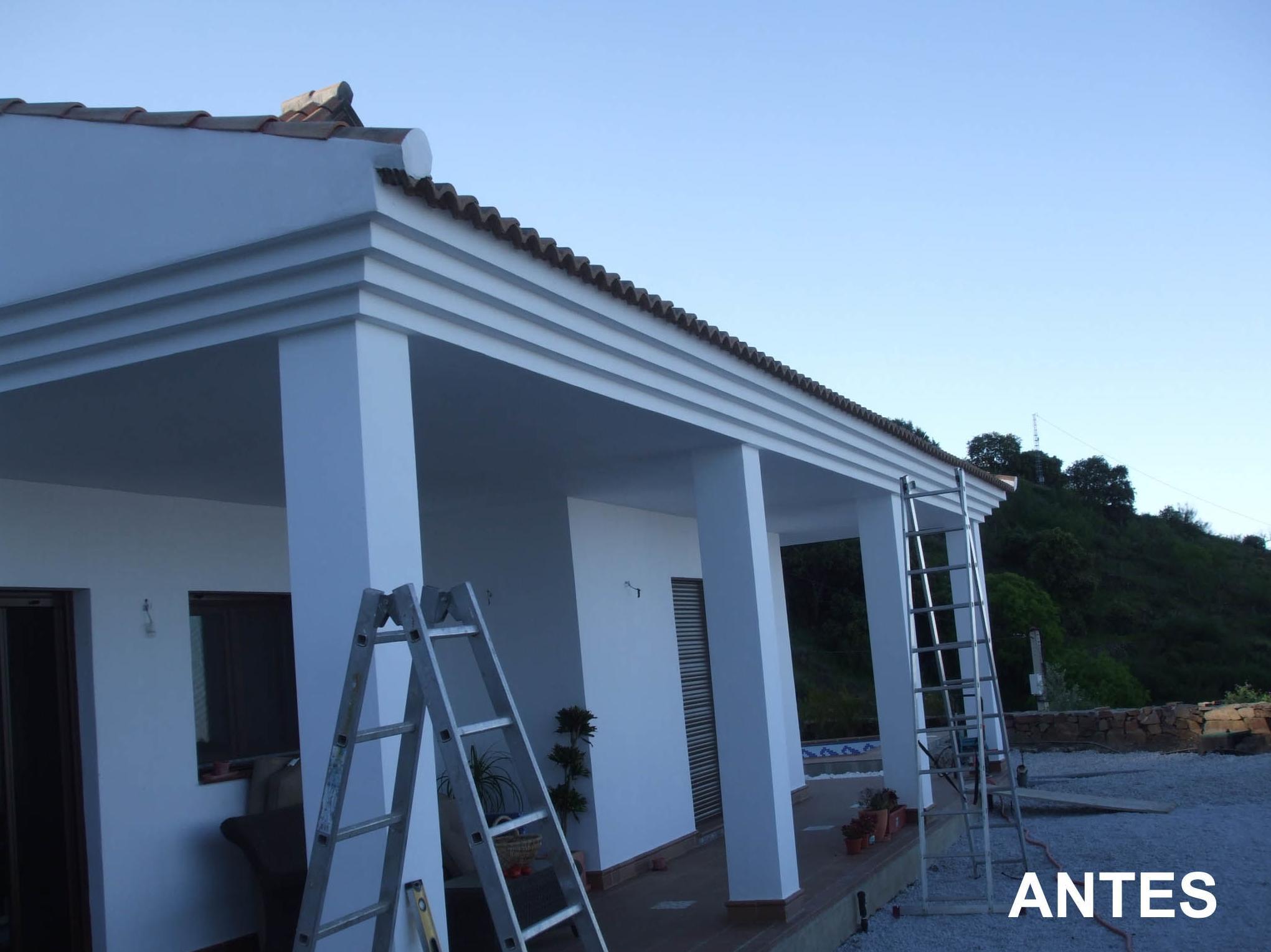 Antes de instalar canalones en una fachada