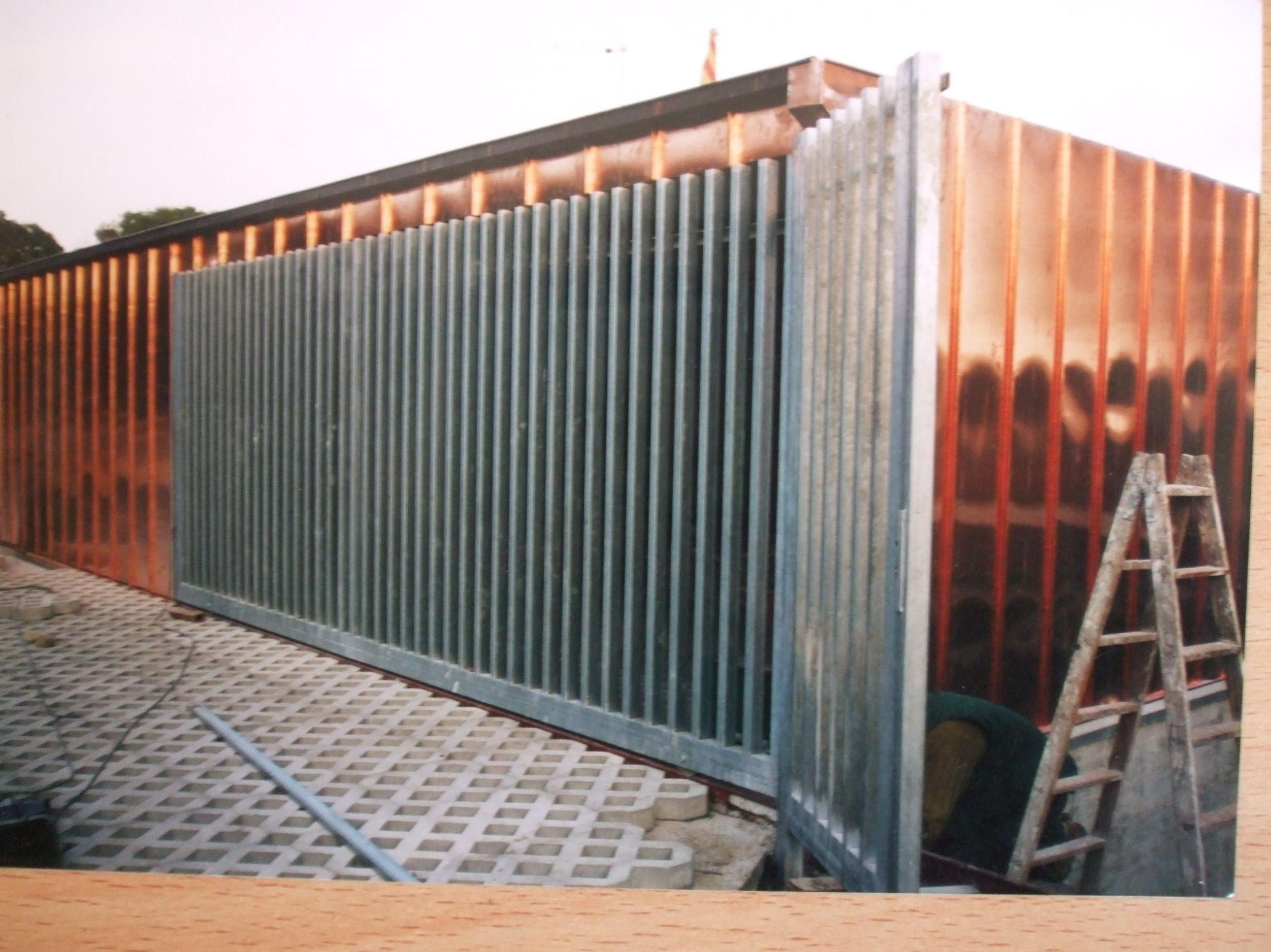 Cubierta junta alzada vertical