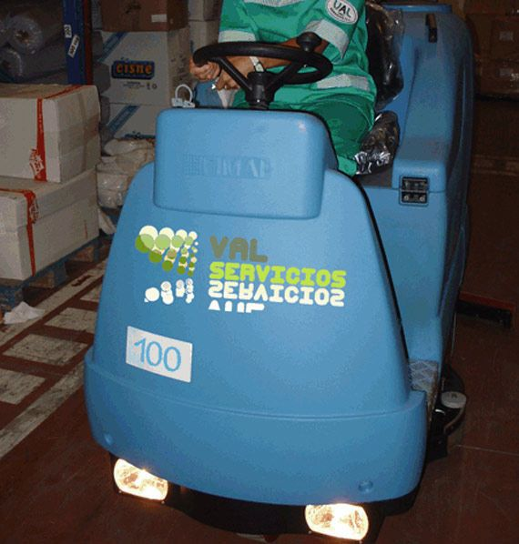 Limpieza de suelos industriales