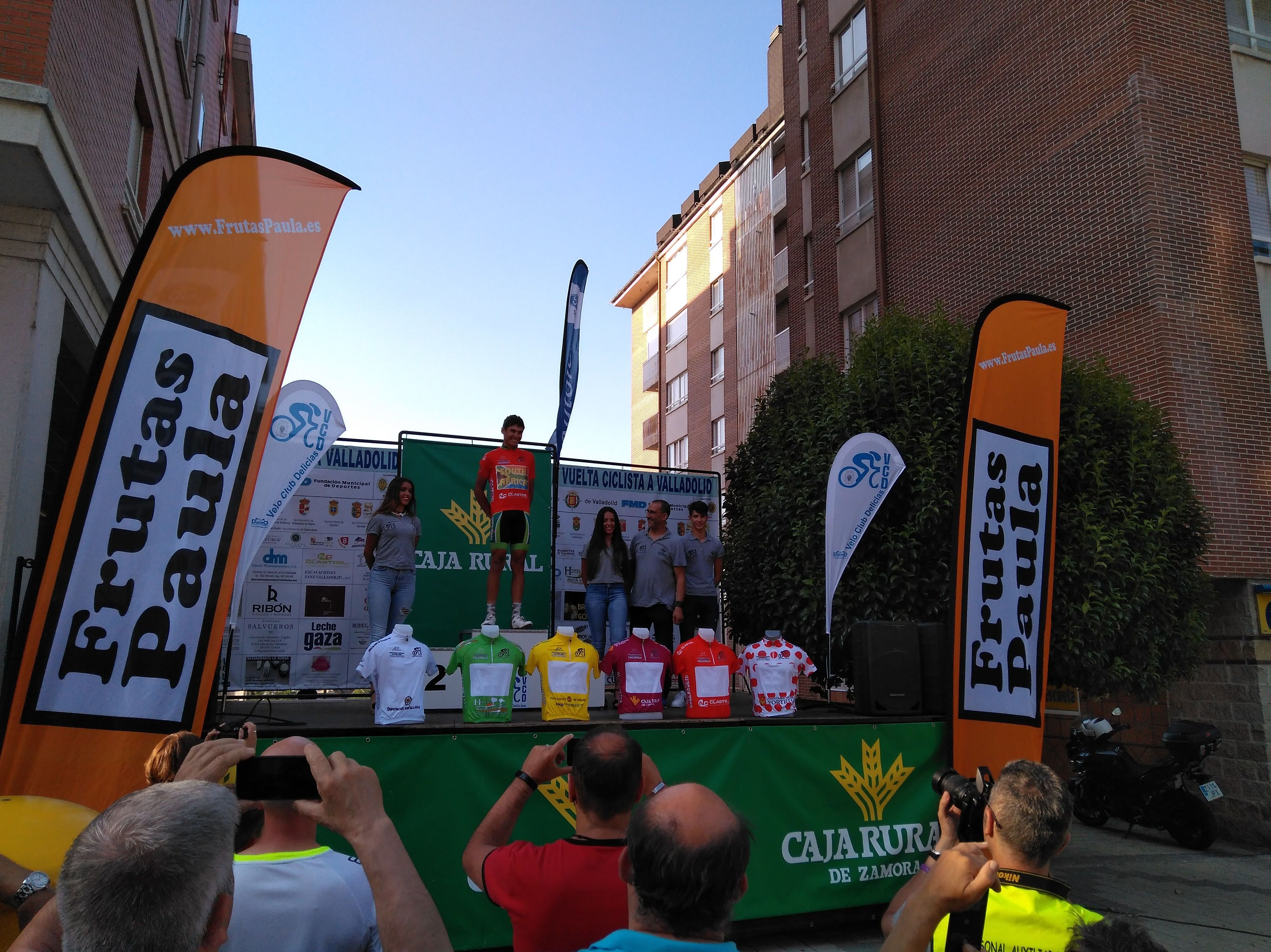 podium 1ª etapa