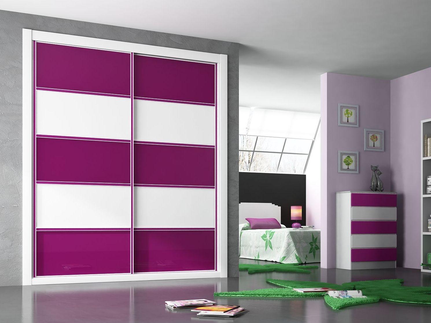 Puertas de armarios perfect armario puertas batientes - Armarios empotrados pamplona ...