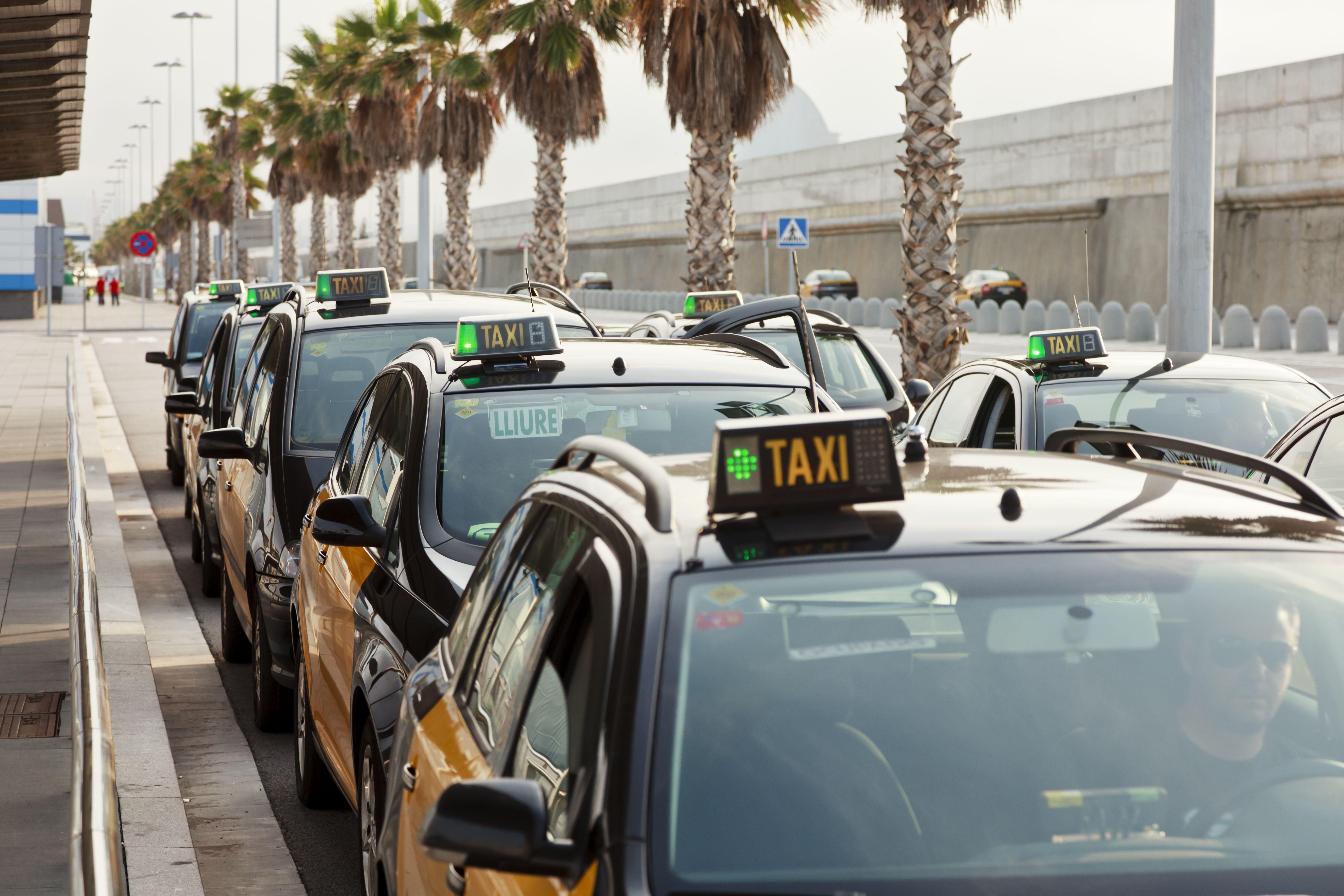 Taxis aeropuerto Montserrat