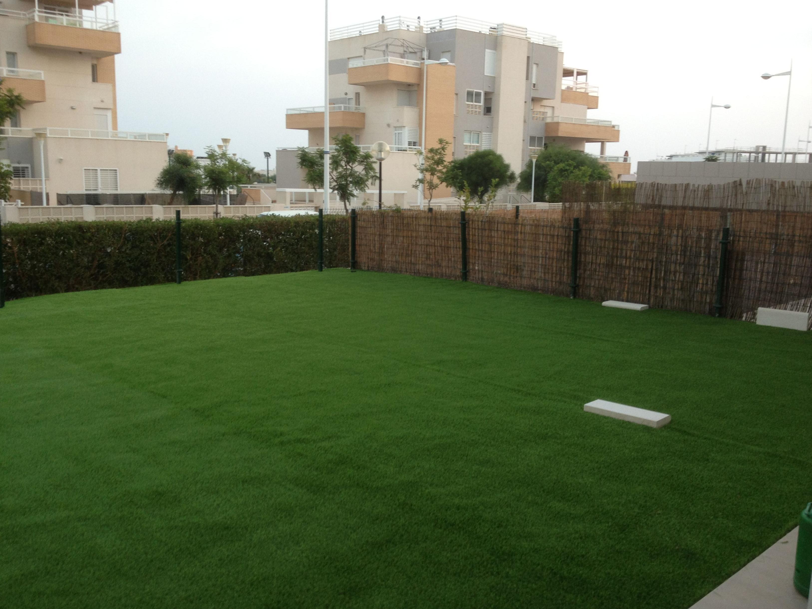 Mantenimiento de jardines públicos y privados