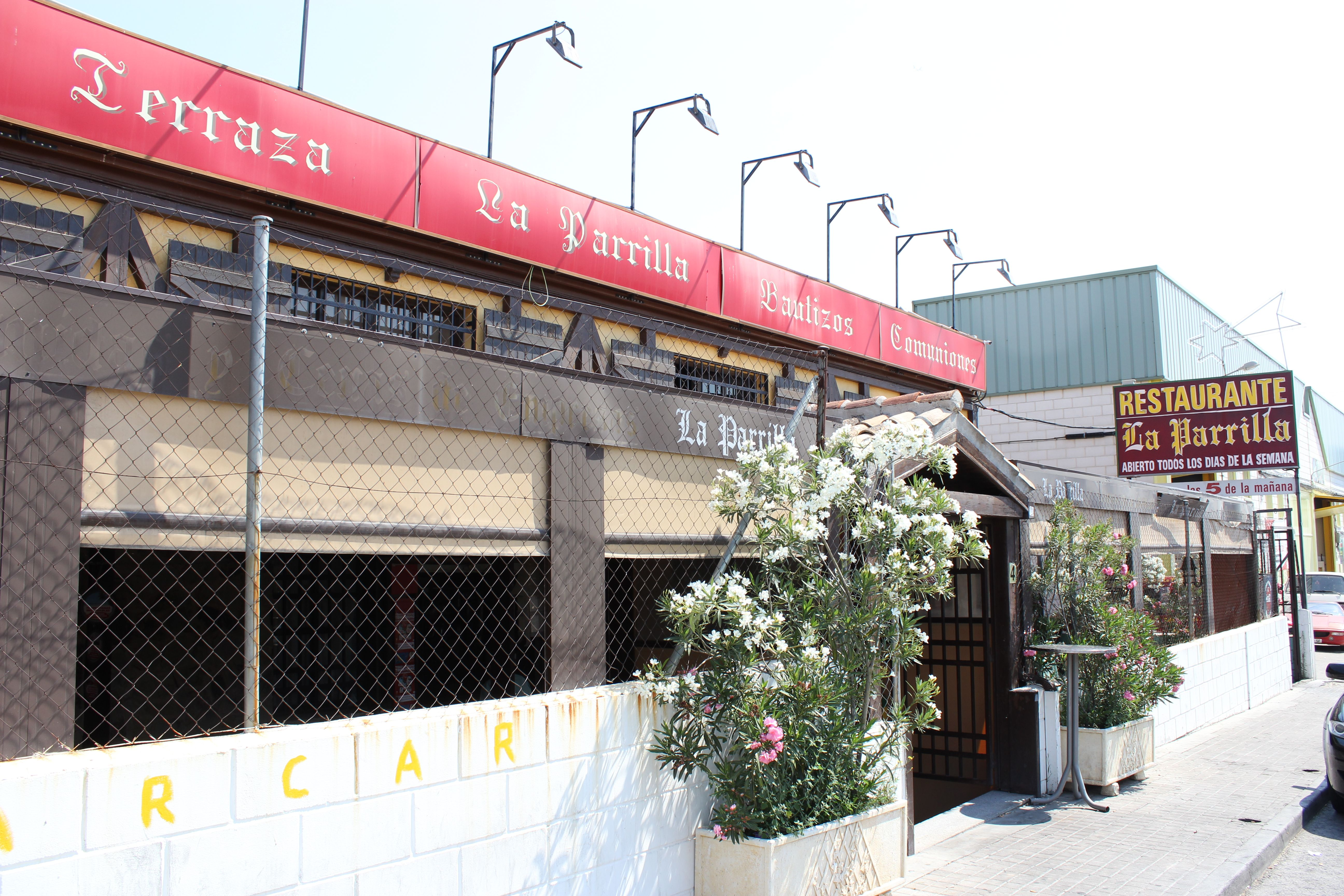 Foto 8 de asadores en restaurante terraza la parrilla de for Restaurante terraza de la 96 barranquilla