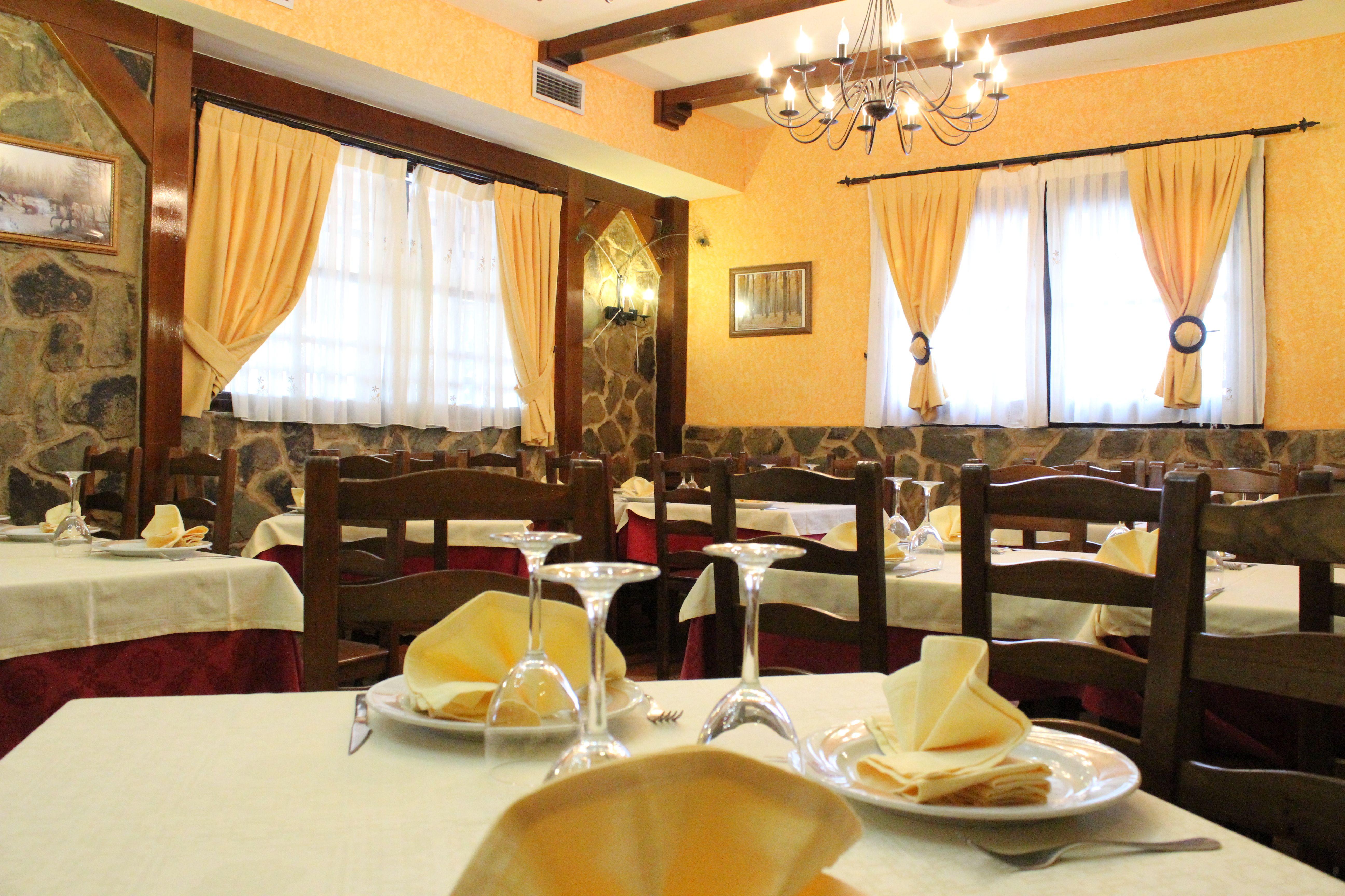 Foto 4 de Asadores en Madrid | Restaurante Terraza La Parrilla de Valdemoro