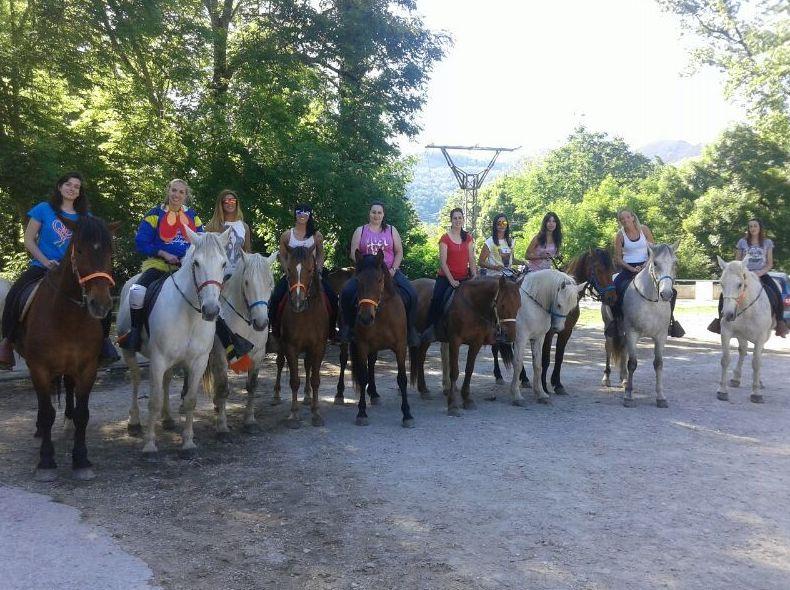Foto 11 de Rutas a caballo en Soto de Cangas   Rutas a Caballo El Dorado