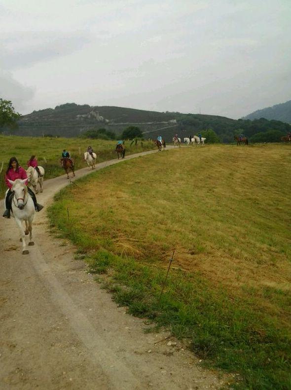 Foto 12 de Rutas a caballo en Soto de Cangas | Rutas a Caballo El Dorado