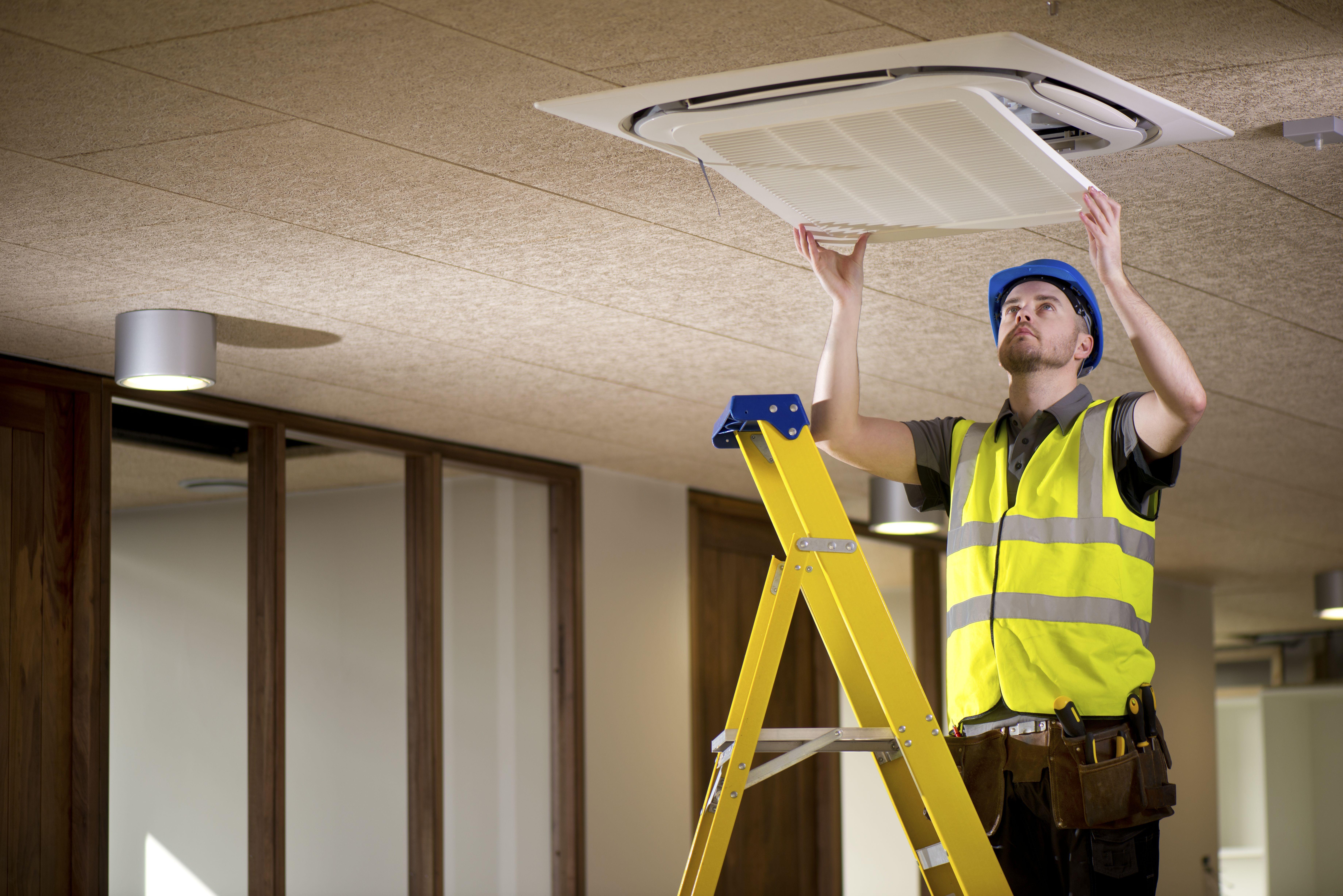 Mantenimiento de sistemas de climatización para locales en Madrid