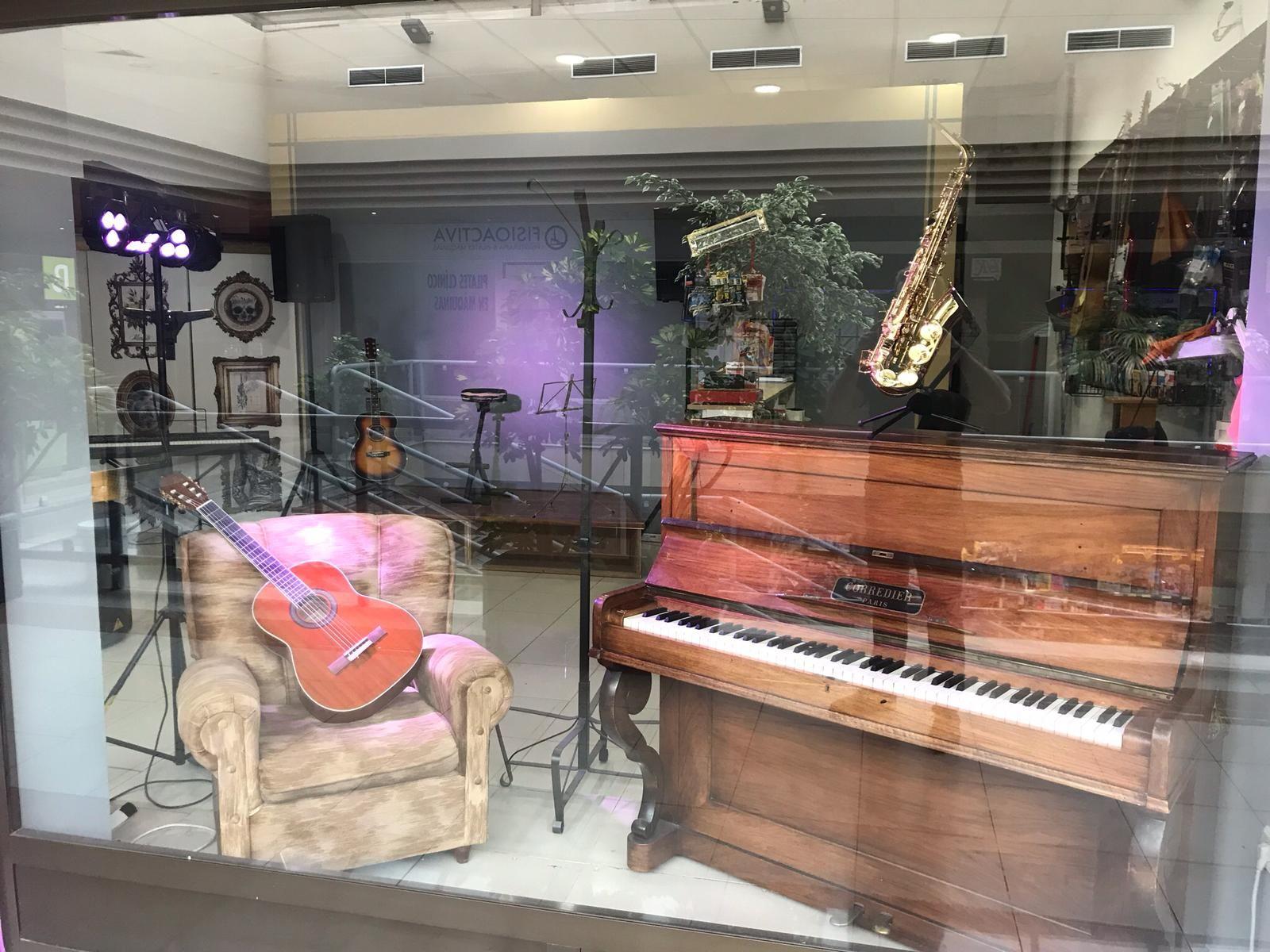 Foto 38 de Instrumentos de música en  | Instrumentos Colmenar