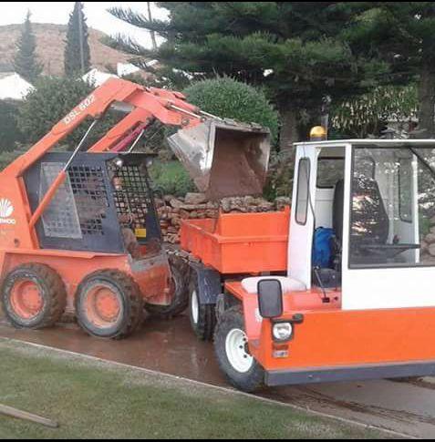 Transporte de áridos: Servicios de Transportes y Excavaciones Alex