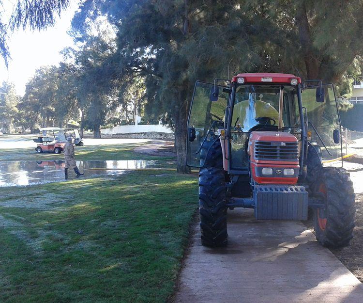 Cubas de agua para riego de jardines en Mijas