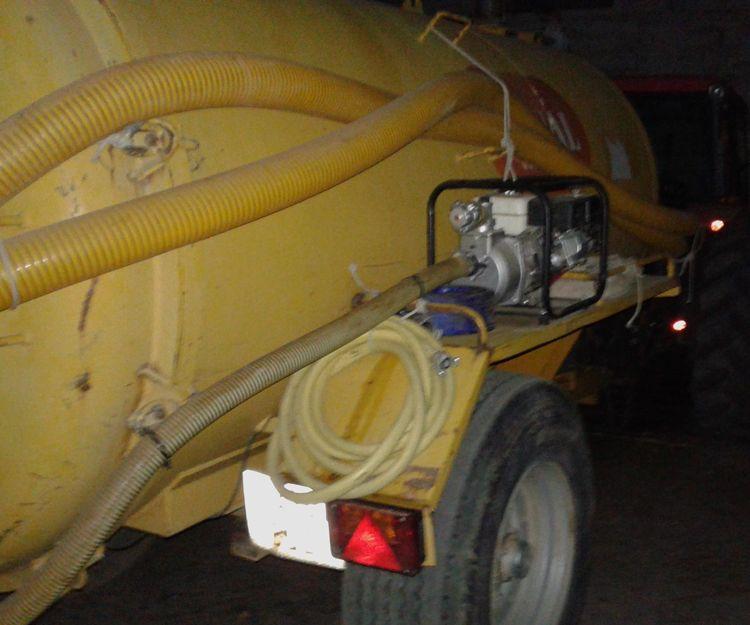Cubas para transportar agua en Mijas