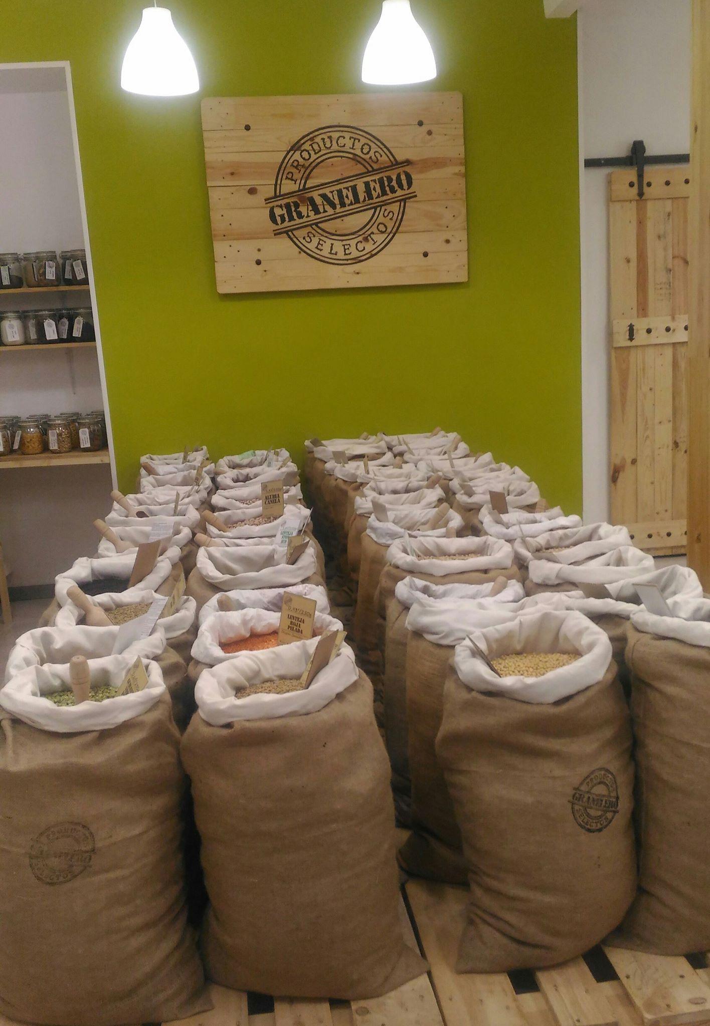 Tienda con venta de productos ecológicos a granel en Alcalá de Henares