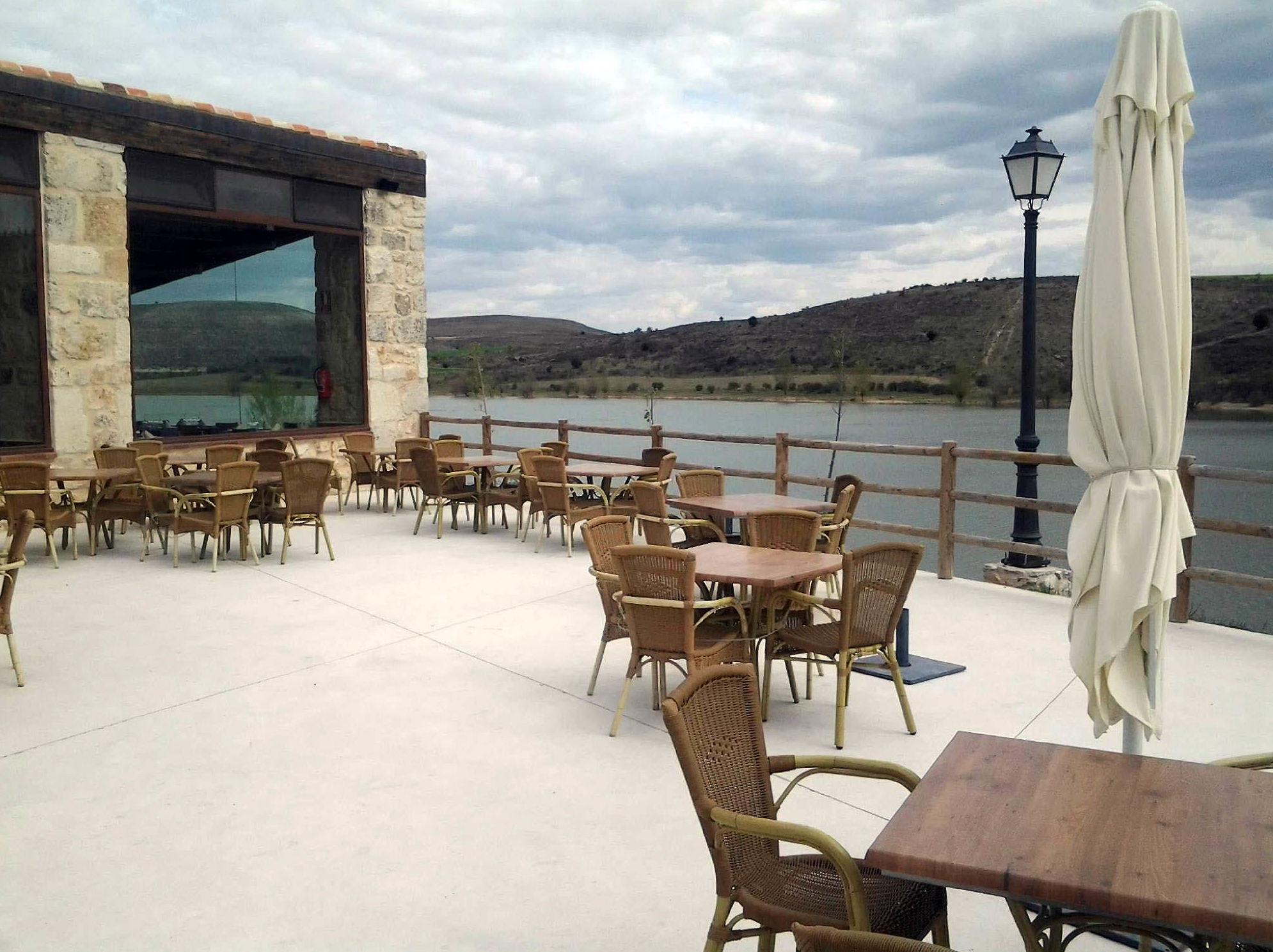 Restaurante con terraza en un precioso entorno