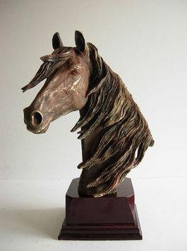 Taller de esculturas y trofeos en Barcelona