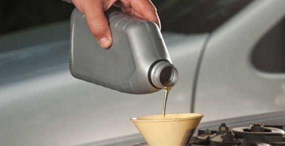 Cambio de aceite y filtros: Servicios de Nafrén Automoción