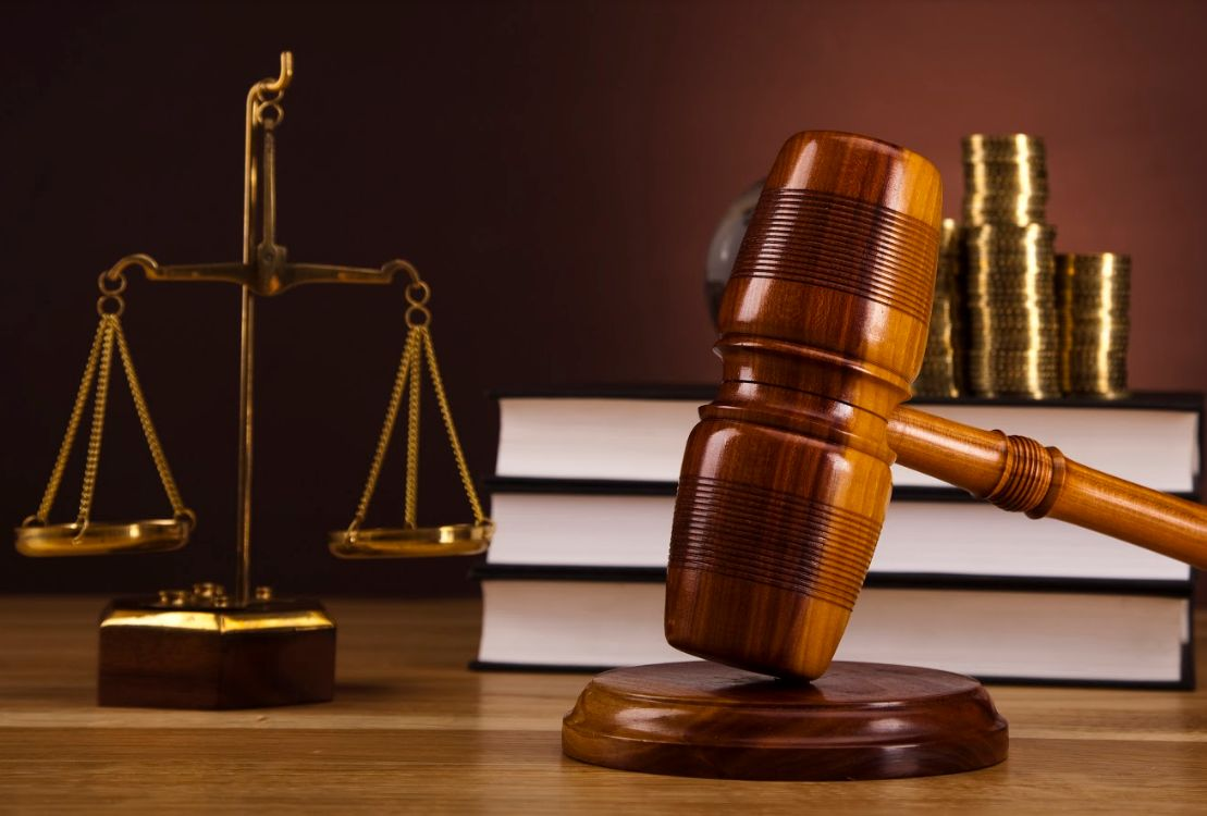 Derecho administrativo: Servicios de Rojana Bufete & Asociados, S.L.P.