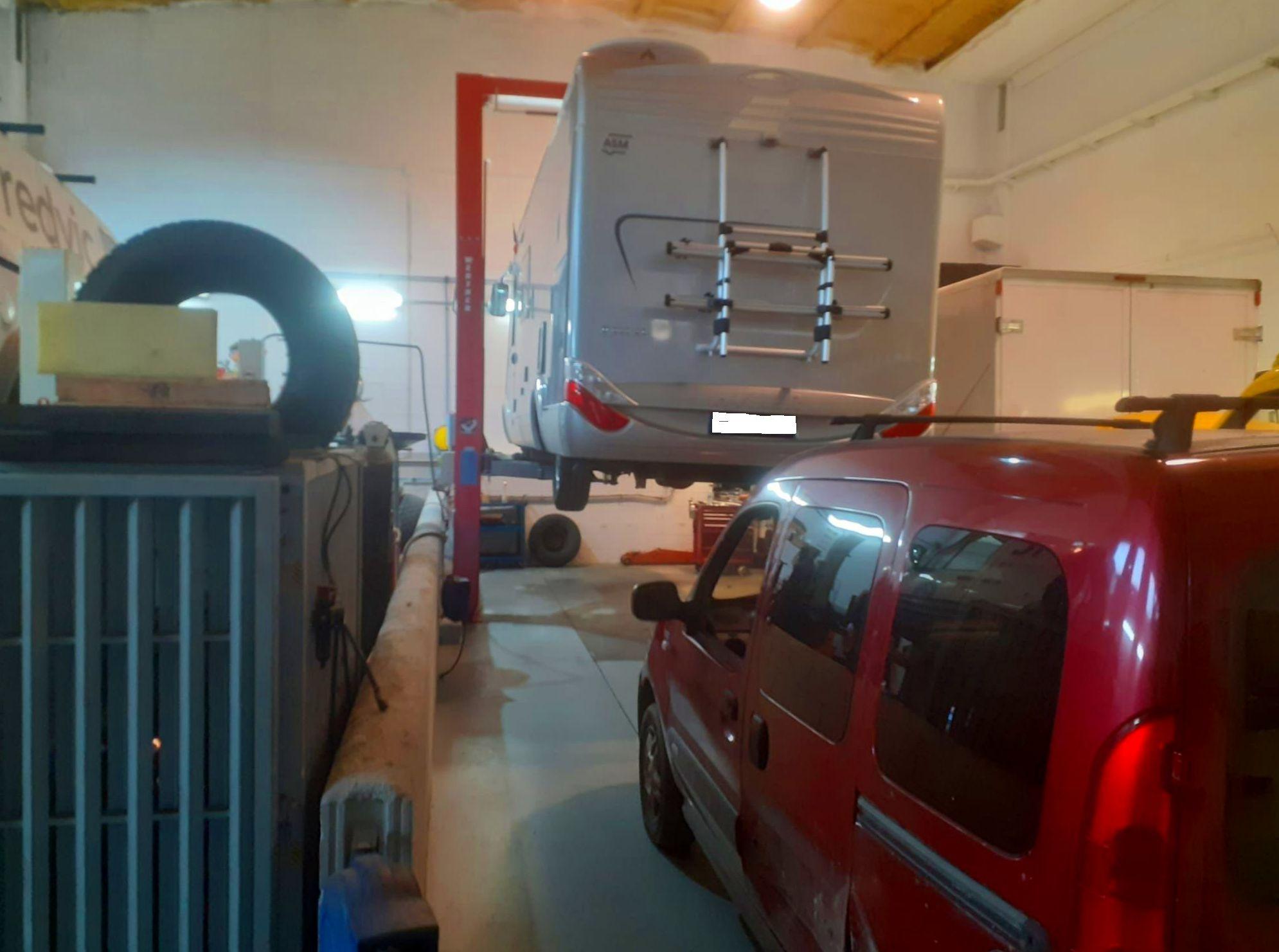 Foto 4 de Taller de automóviles en    MEC-OSONA