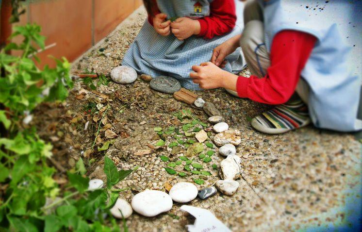 Zonas ajardinadas: Servicios de Playschool English Nursery
