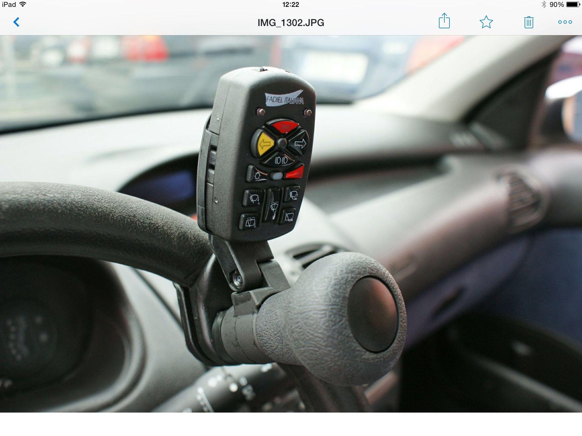 Foto 36 de Adaptación de vehículos para discapacitados en Siero | Cabal Automoción Bosch Car Service