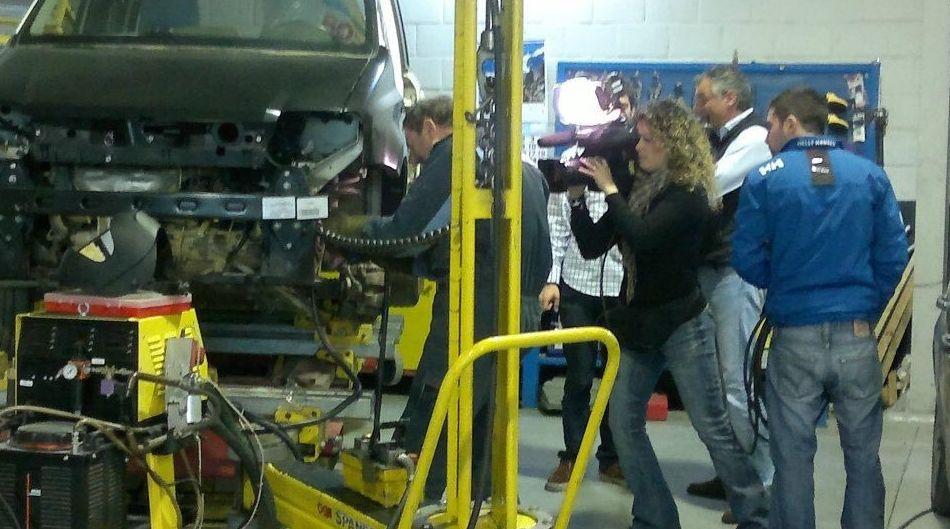 Foto 54 de Adaptación de vehículos para discapacitados en Siero | Cabal Automoción Bosch Car Service
