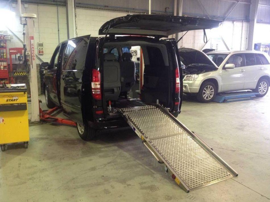 Foto 28 de Adaptación de vehículos para discapacitados en Siero | Cabal Automoción Bosch Car Service
