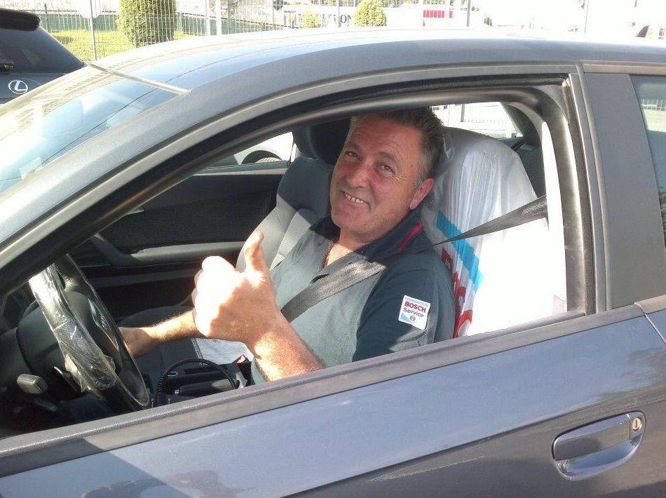 Foto 44 de Adaptación de vehículos para discapacitados en Siero | Cabal Automoción Bosch Car Service